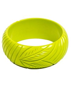 Splendette Chartreuse Carved 50s Bangle