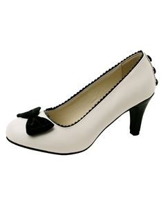 TUK Anti Pop Black Scallop Trim Heels Shoes Cream