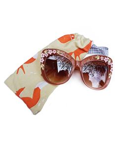 Guns N Posies Flower Detail Retro Frame Sunglasses